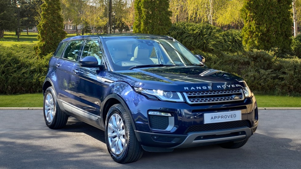 Land Rover Range Rover Evoque 2.0 TD4 SE 5dr - Heated front seats, Heated steering wheel, Rear Camera, Fixed panoramic roof Diesel Automatic Hatchback