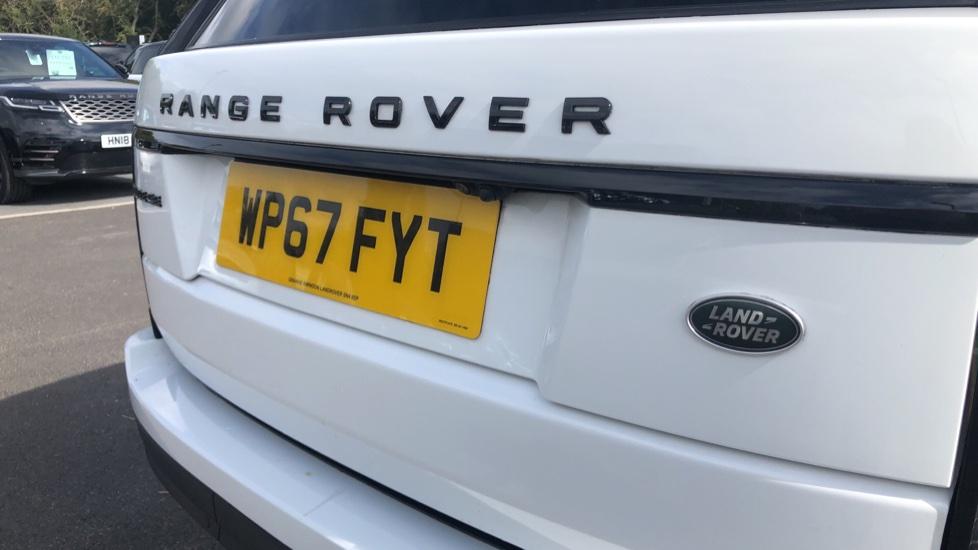 Land Rover Range Rover 3.0 TDV6 Vogue 4dr image 12