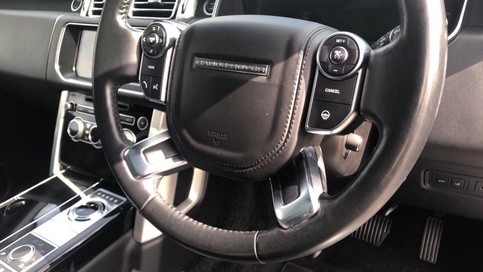 Land Rover Range Rover 3.0 TDV6 Vogue 4dr image 26
