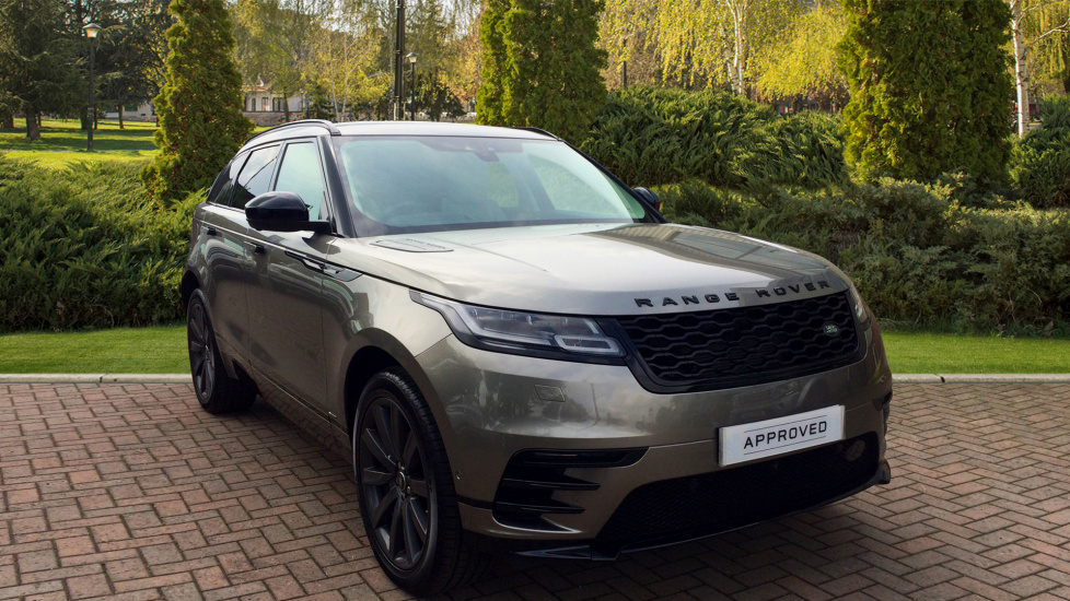 Land Rover Range Rover Velar 2.0 D240 R-Dynamic HSE 5dr Diesel Automatic 4x4 (2018) image