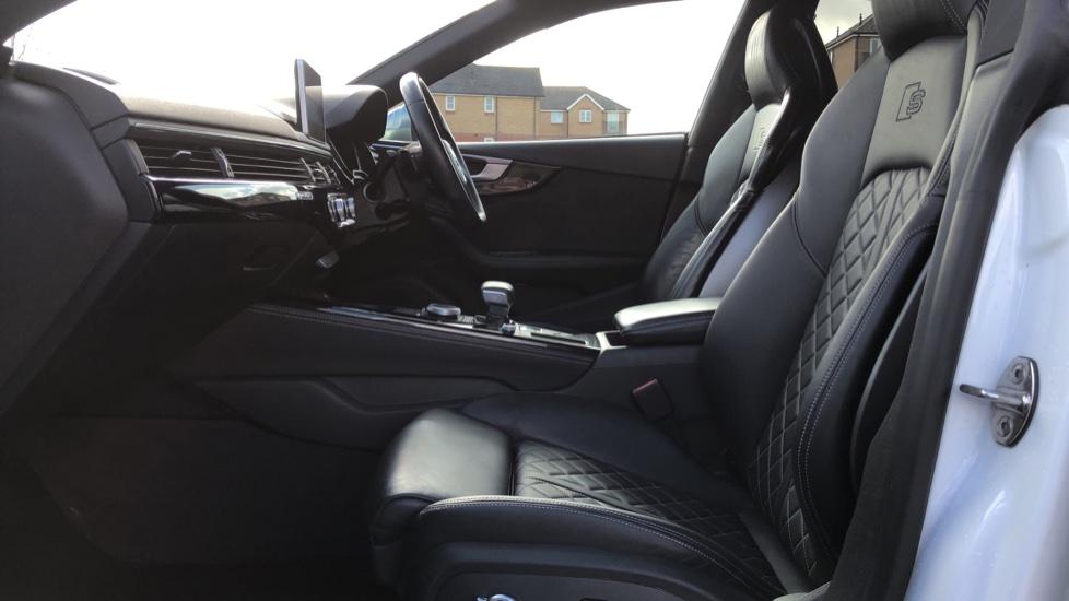 Audi A5 S5 Quattro Tiptronic image 3