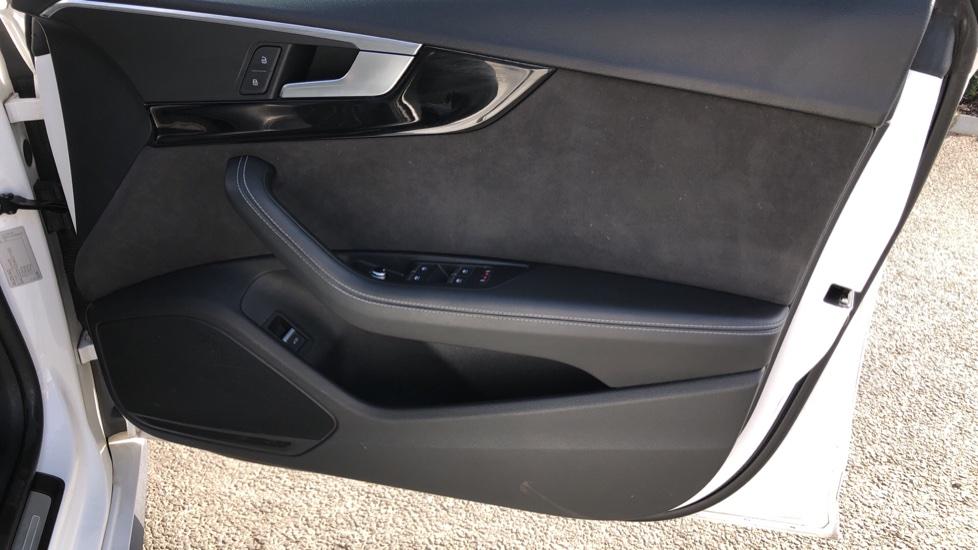 Audi A5 S5 Quattro Tiptronic image 19