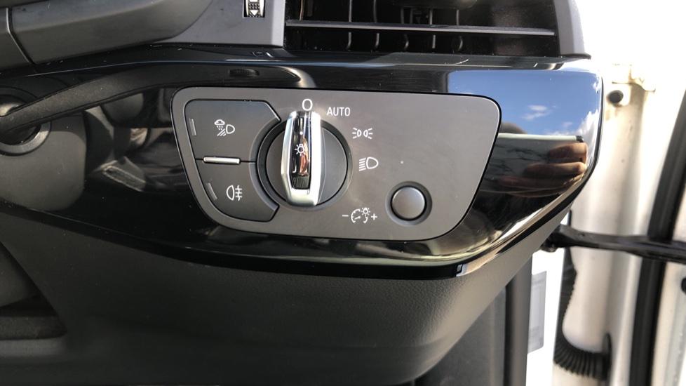 Audi A5 S5 Quattro Tiptronic image 24