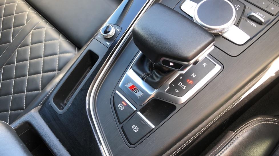 Audi A5 S5 Quattro Tiptronic image 32