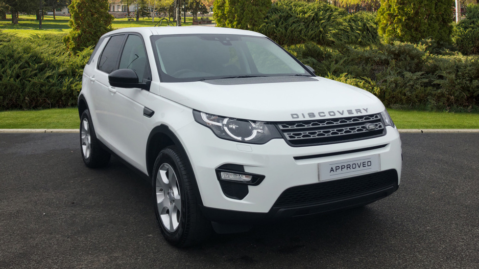 Land Rover Discovery Sport 2.0 TD4 Pure 5dr [5 seat] Diesel 4x4 (2017) image