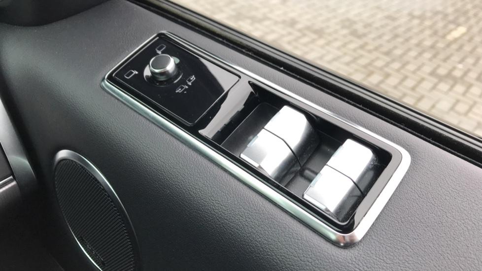 Land Rover Range Rover Sport 3.0 SDV6 HSE 5dr image 20