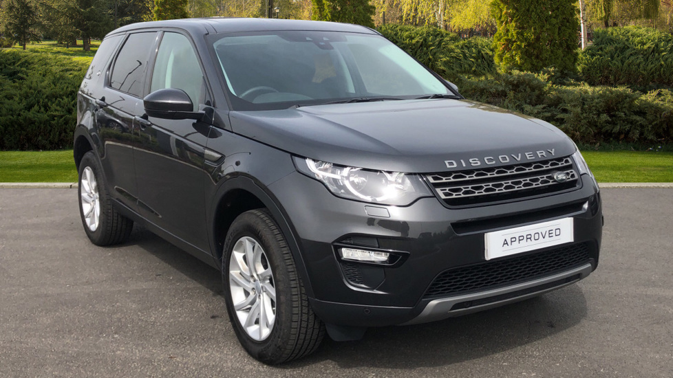 Land Rover Discovery Sport 2.0 TD4 180 SE Tech 5dr Diesel Automatic 4x4 (2019) image
