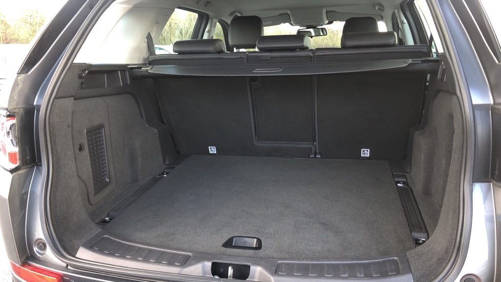 Land Rover Discovery Sport 2.0 TD4 SE Tech 5dr [5 Seat] image 12