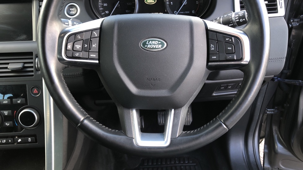 Land Rover Discovery Sport 2.0 TD4 SE Tech 5dr [5 Seat] image 23