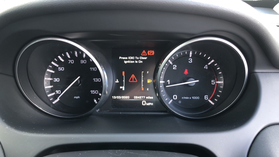 Land Rover Discovery Sport 2.0 TD4 SE Tech 5dr [5 Seat] image 29