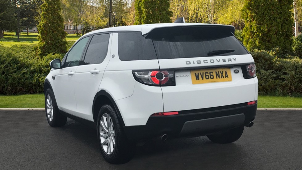 Land Rover Discovery Sport 2.0 TD4 180 SE Tech 5dr Heated Seats and Rear Camera image 2