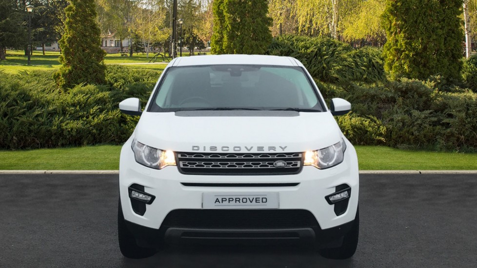 Land Rover Discovery Sport 2.0 TD4 180 SE Tech 5dr Heated Seats and Rear Camera image 7