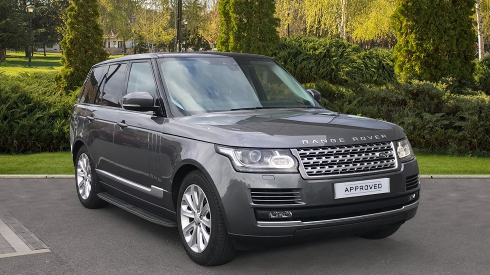 Land Rover Range Rover 3.0 TDV6 Vogue 4dr - Electrically deployable tow bar, Privacy glass, Sliding panoramic roof Diesel Automatic 5 door Estate
