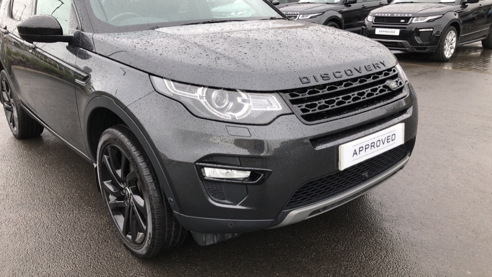 Land Rover Discovery Sport 2.0 SD4 240 HSE Black 5dr image 15