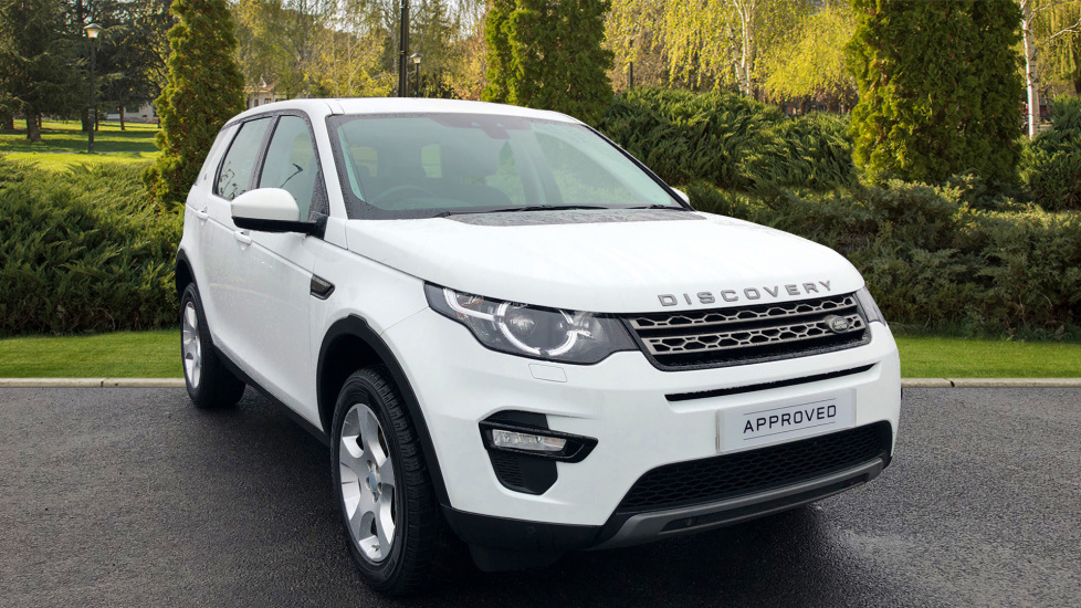 Land Rover Discovery Sport 2.0 TD4 SE Tech 5dr [5 Seat] Diesel Estate (2015) image