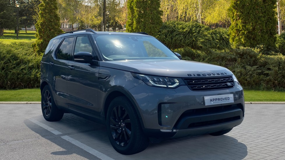 Land Rover Discovery 3.0 SDV6 HSE - Black Exterior Pack, Fixed front and rear panoramic roofs, Privacy glass 2993.0 Diesel Automatic 5 door 4x4