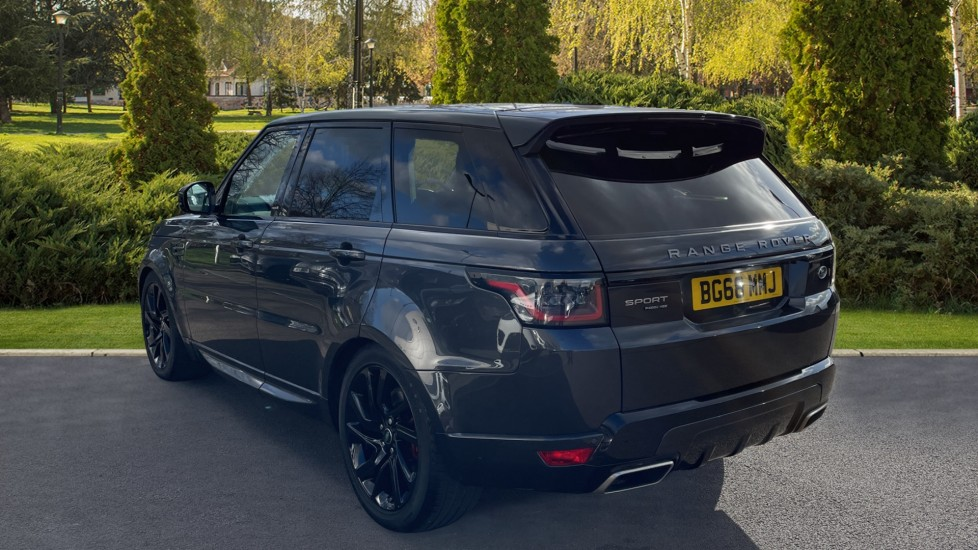 Land Rover Range Rover Sport 2.0 P400e HSE Dynamic 5dr Powered gesture tailgate, Heated front and rear seats image 2