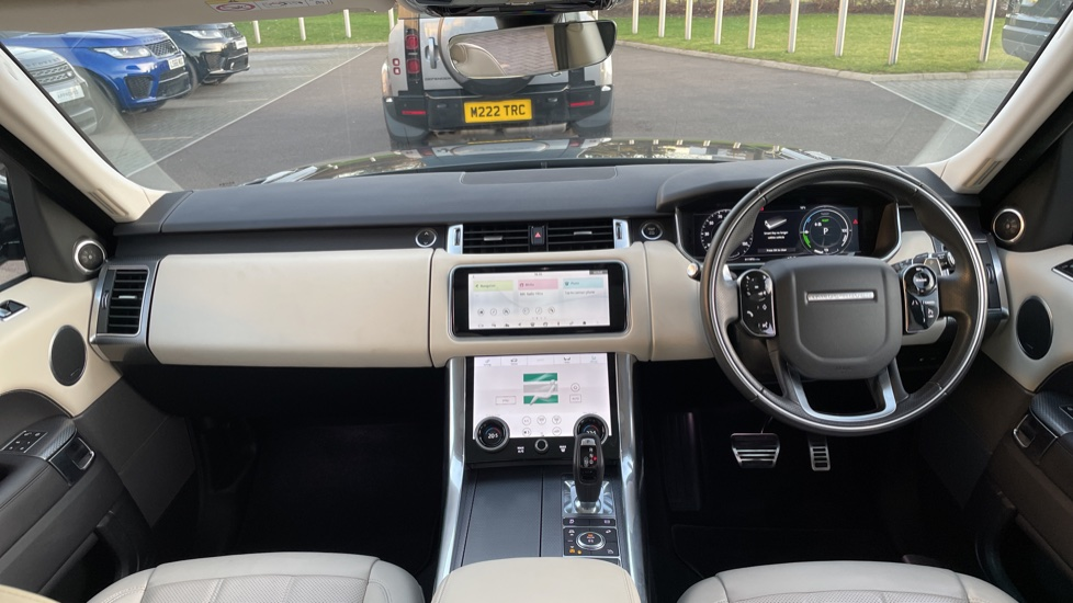 Land Rover Range Rover Sport 2.0 P400e HSE Dynamic 5dr Powered gesture tailgate, Heated front and rear seats image 9