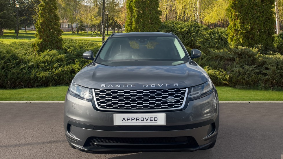 Land Rover Range Rover Velar 2.0 D240 HSE Electrically deployable tow bar Sliding panoramic roof image 7