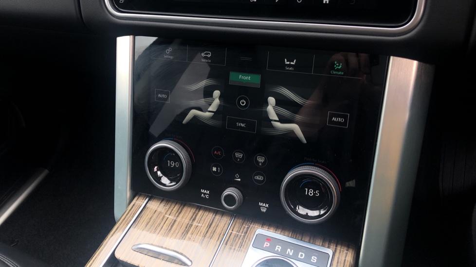 Land Rover Range Rover 3.0 SDV6 Vogue SE 4dr image 37