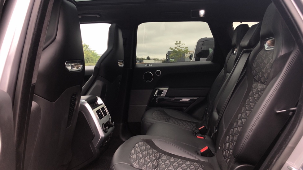 Land Rover Range Rover Sport 5.0 V8 S/C 575 SVR 5dr image 4