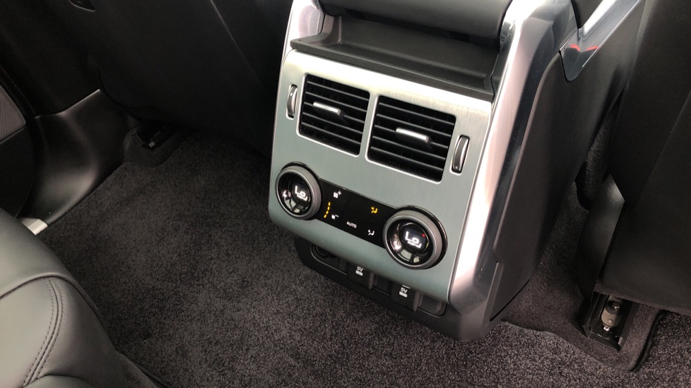 Land Rover Range Rover Sport 5.0 V8 S/C 575 SVR 5dr image 12