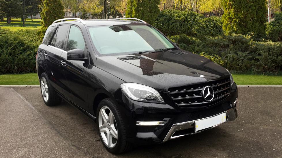 Mercedes-Benz M-Class ML350 CDi BlueTEC AMG Line 5dr Parking Sensors, Climate Control, Cruise Control 3.0 Diesel Automatic 4x4 (2015) image