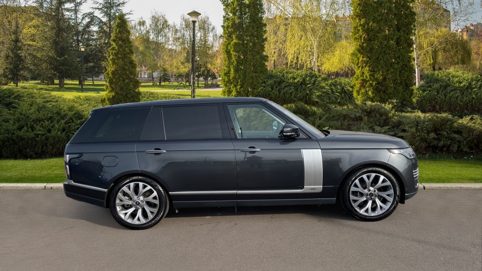 Land Rover Range Rover 4.4 SDV8 Autobiography LWB 5dr image 5