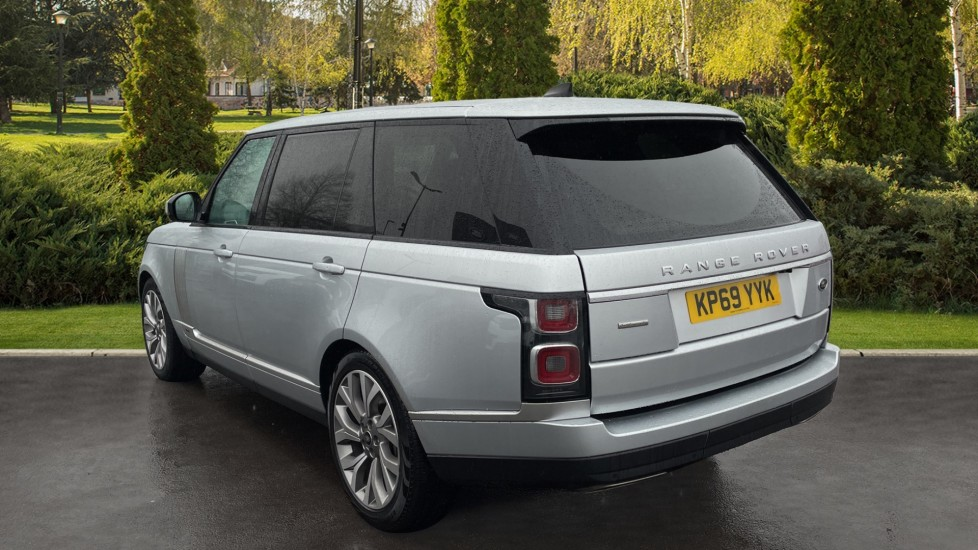 Land Rover Range Rover 4.4 SDV8 Autobiography LWB 4dr Auto image 2