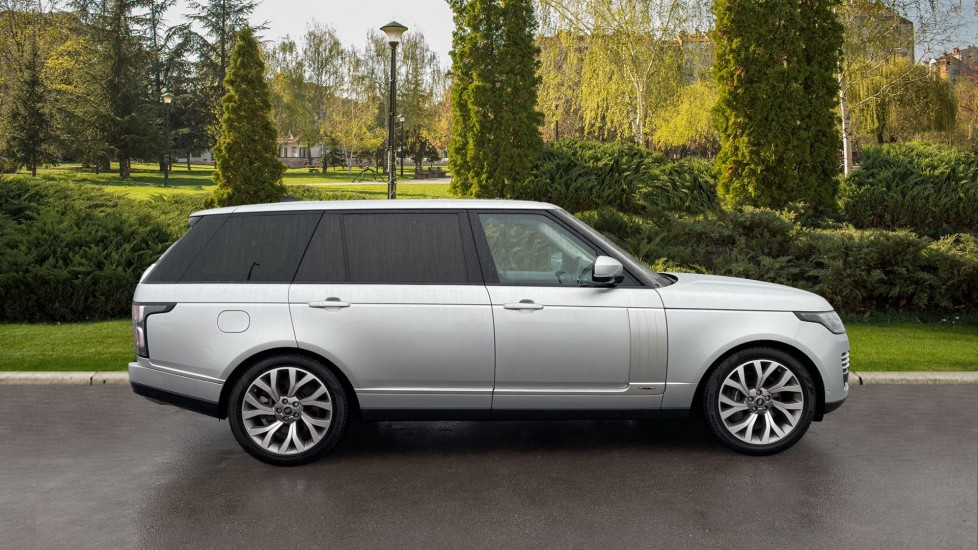 Land Rover Range Rover 4.4 SDV8 Autobiography LWB 4dr Auto image 5