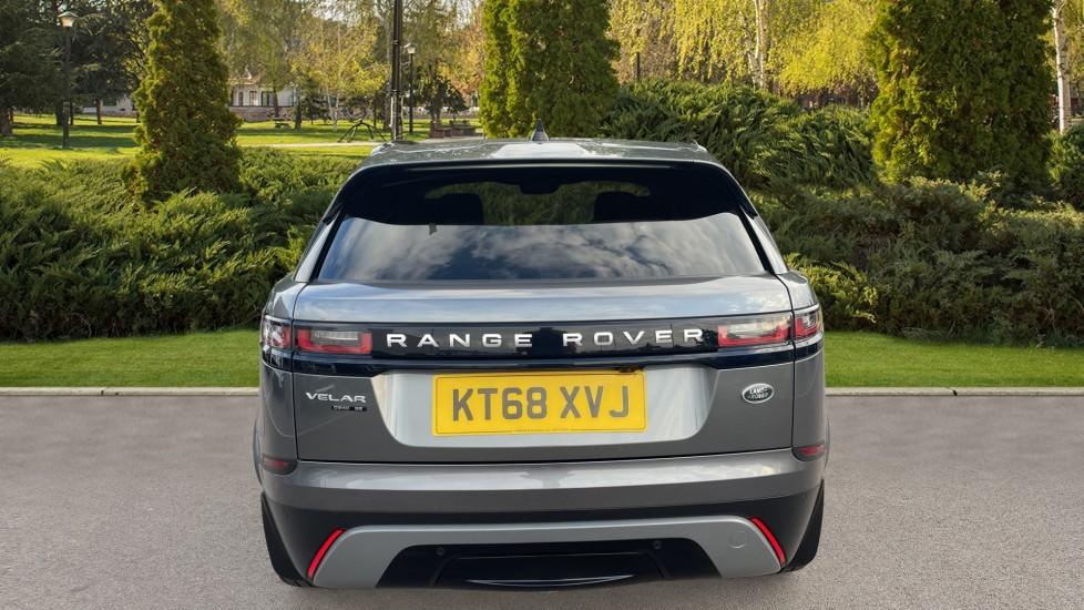 Land Rover Range Rover Velar 2.0 D240 SE Detachable tow bar Heated steering wheel image 6