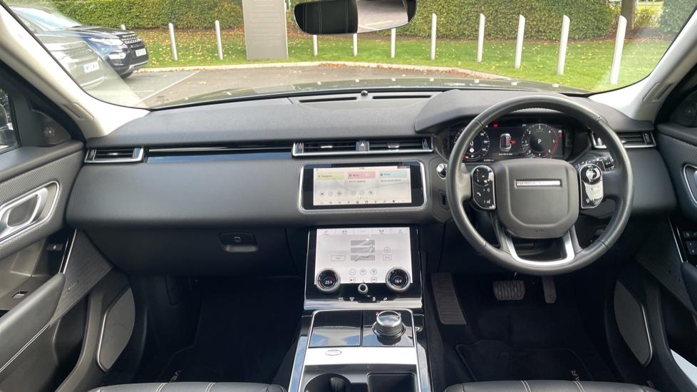 Land Rover Range Rover Velar 2.0 D240 SE Detachable tow bar Heated steering wheel image 9