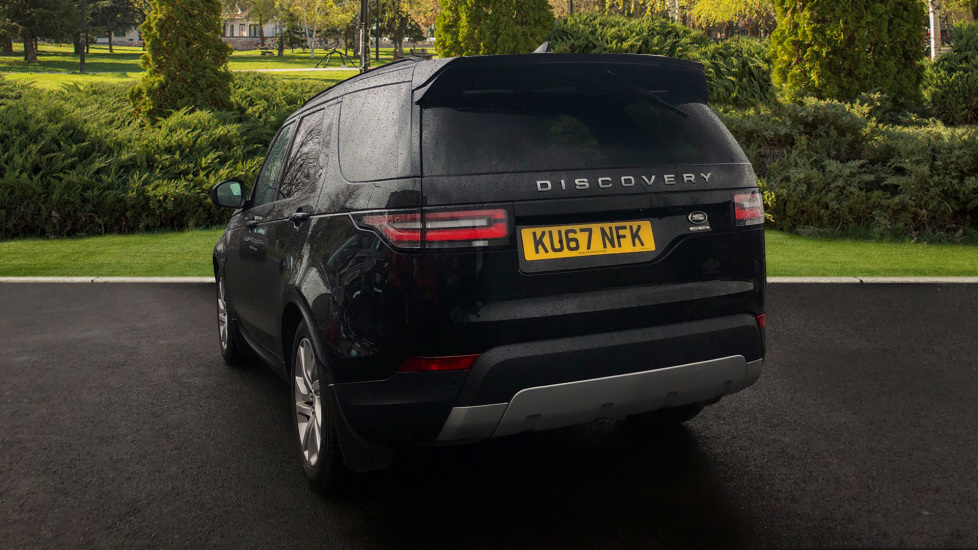 Land Rover Discovery 3.0 TD6 HSE 5dr image 2