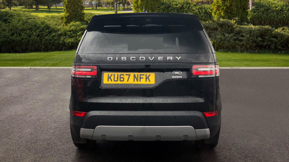 Land Rover Discovery 3.0 TD6 HSE 5dr image 6