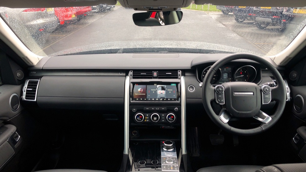 Land Rover Discovery 3.0 TD6 HSE 5dr image 9
