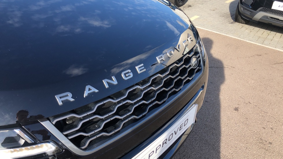 Land Rover Range Rover Evoque 2.0 D150 R-Dynamic S 5dr image 11