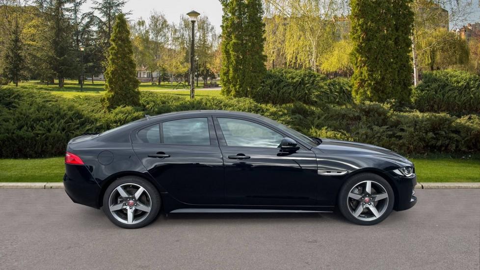 Jaguar XE 2.0d [180] R-Sport 4dr Heated front seats Privacy glass image 5