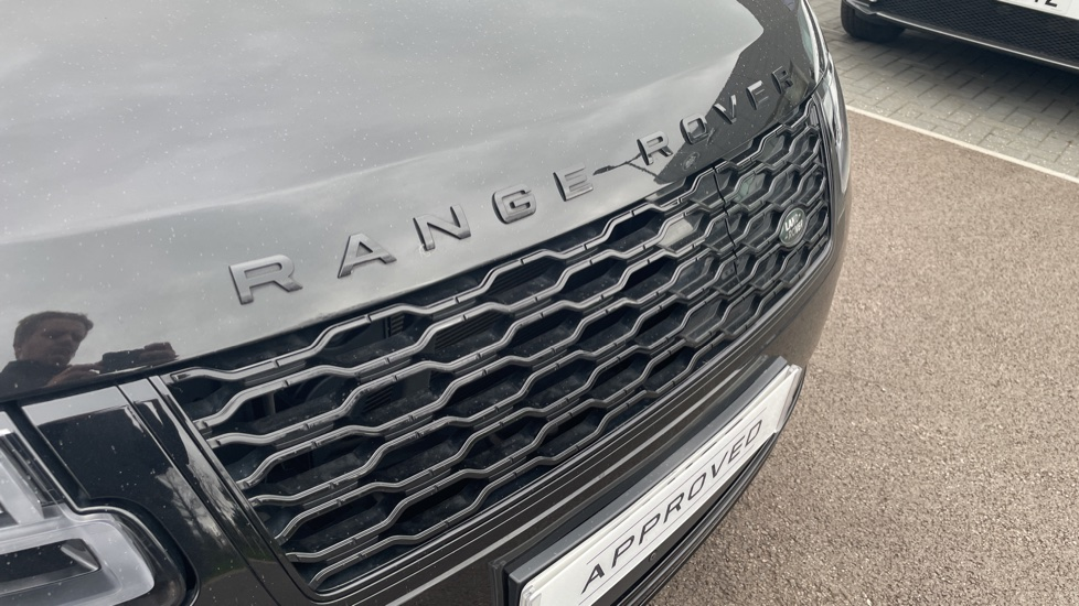 Land Rover Range Rover 2.0 P400e Autobiography 4dr image 11