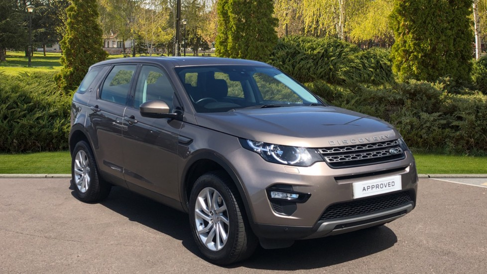 Land Rover Discovery Sport 2.0 TD4 180 SE Tech 5dr Detachable tow bar, Heated front seats Diesel Automatic 4x4