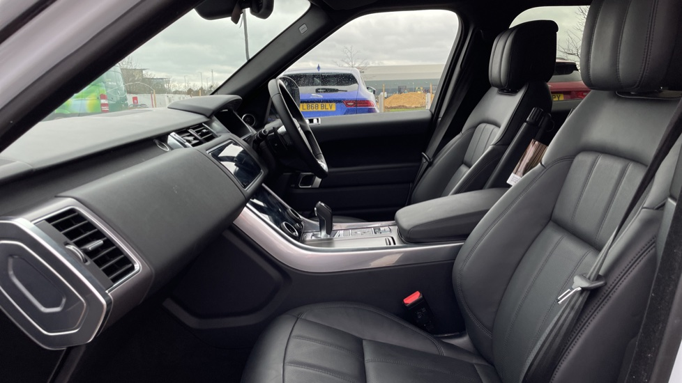 Land Rover Range Rover Sport 3.0 P400 HSE 5dr image 3