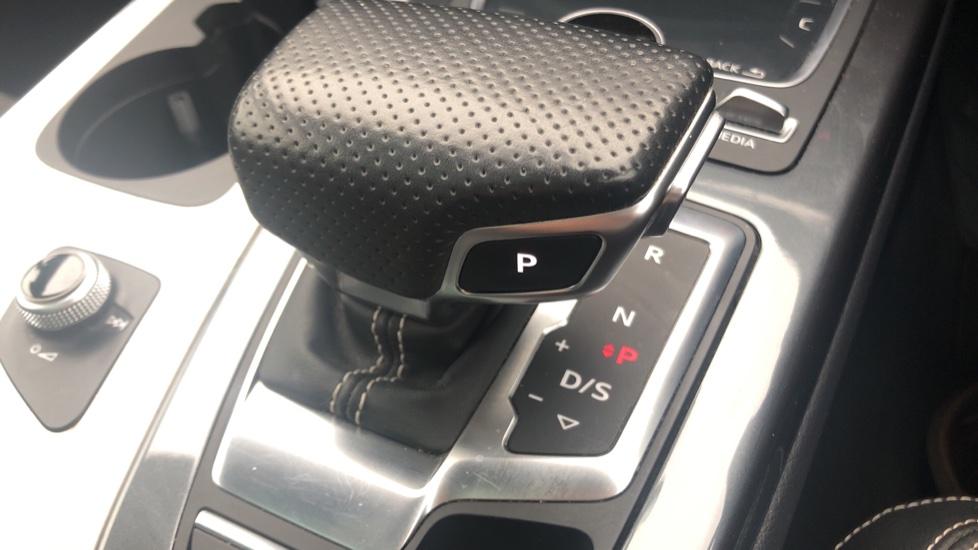 Audi Q7 3.0 TDI Quattro S Line 5dr Tip image 24