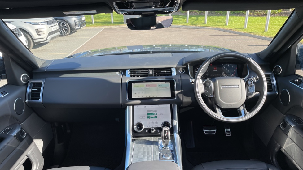 Land Rover Range Rover Sport 3.0 D300 HSE Dynamic 5dr [7 Seat] Heated front and rear seats Heated steering wheel image 9