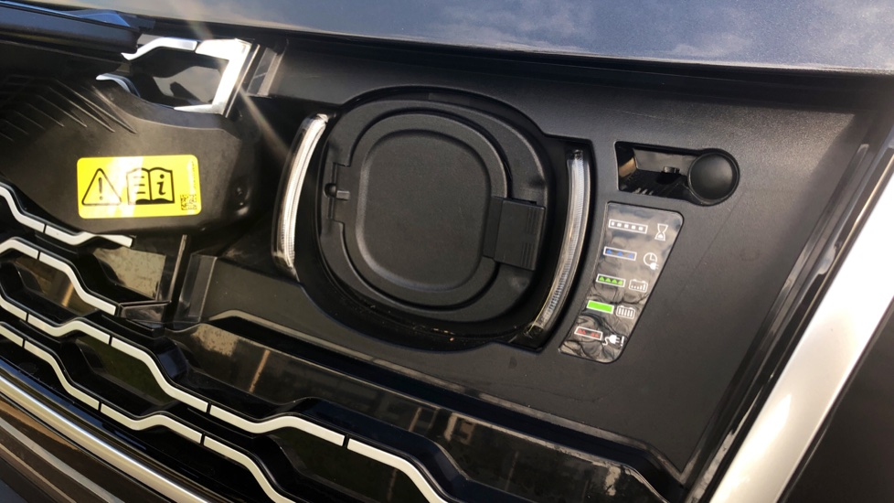 Land Rover Range Rover 2.0 P400e Autobiography 4dr image 12