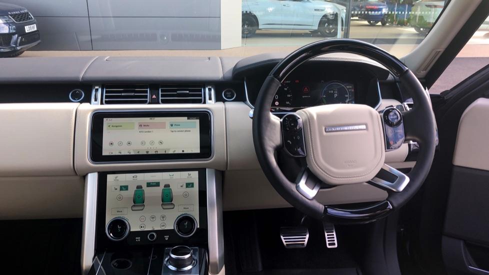 Land Rover Range Rover 2.0 P400e Autobiography 4dr image 34