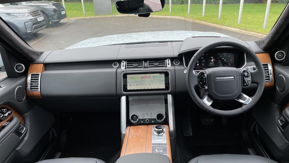 Land Rover Range Rover 3.0 D350 Autobiography 4dr Auto image 9
