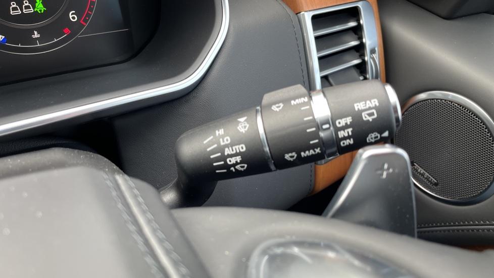 Land Rover Range Rover 3.0 D350 Autobiography 4dr Auto image 19