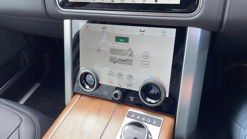 Land Rover Range Rover 3.0 D350 Autobiography 4dr Auto image 31