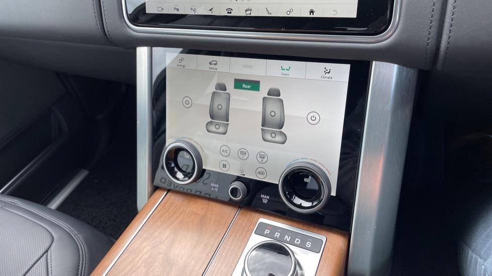 Land Rover Range Rover 3.0 D350 Autobiography 4dr Auto image 34