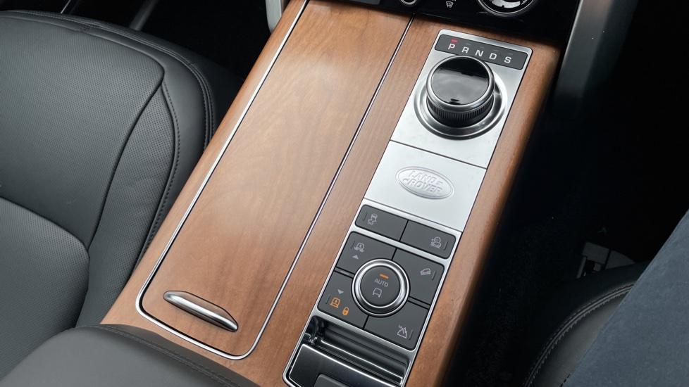 Land Rover Range Rover 3.0 D350 Autobiography 4dr Auto image 37