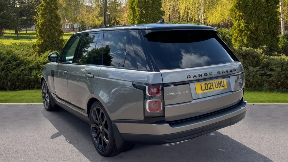 Land Rover Range Rover 3.0 SDV6 Vogue SE 4dr Auto Sliding panoramic roof, Privacy glass image 2